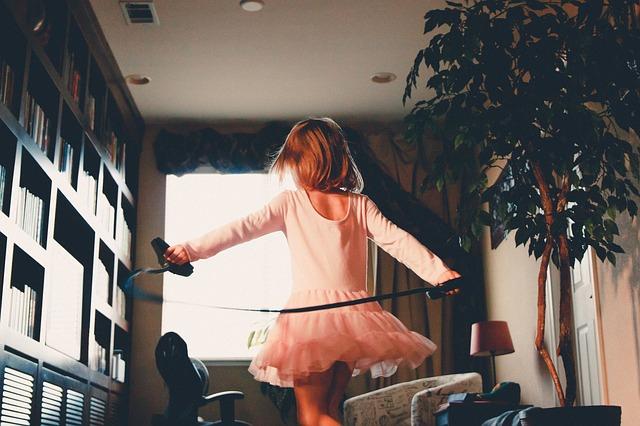 skákající holka