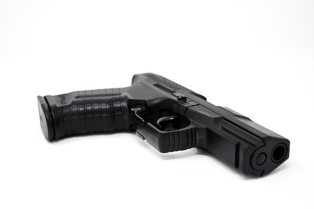 malá pistole