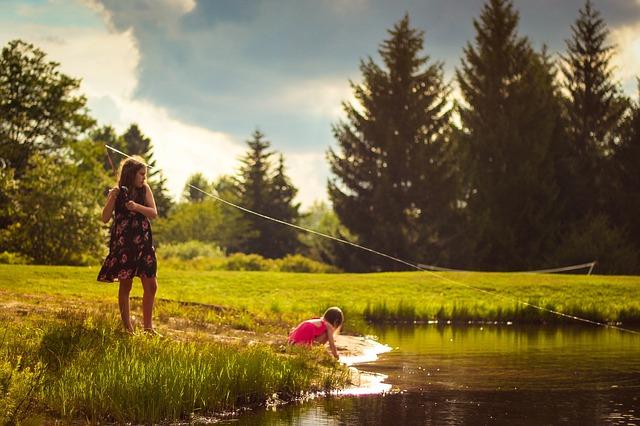 holky při rybaření.jpg