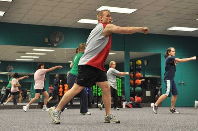 rozcvička v tělocvičně